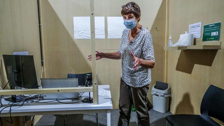 Verpleegkundige Nicole Vancaeyseele. Beeld Henk Deleu