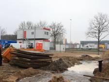 Waterleiding geraakt bij graafwerkzaamheden in Hoogland