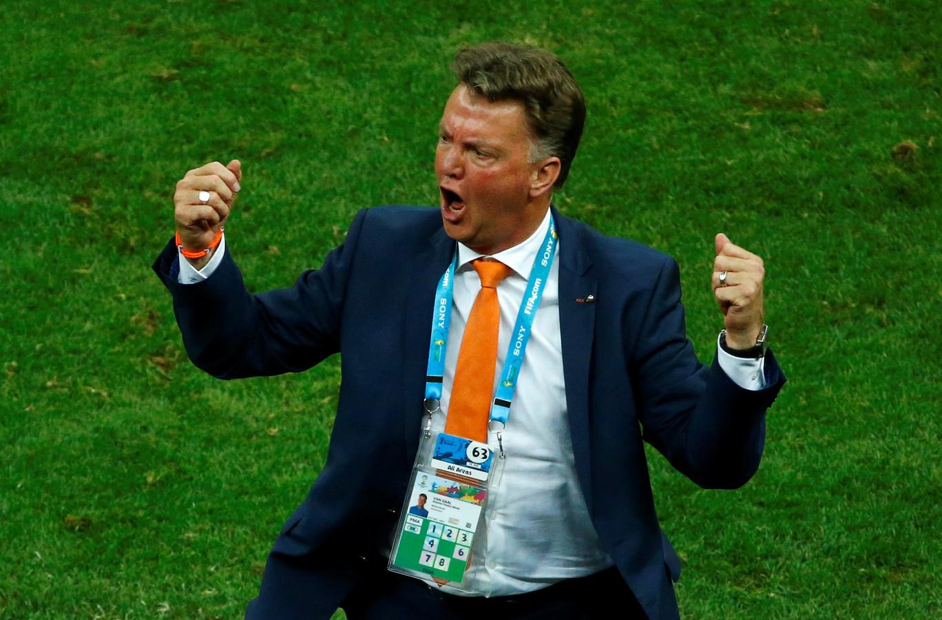 Louis van Gaal tijdens zijn laatste duel als bondscoach: in juli 2014 in en tegen Brazilie bij het (gewonnen) duel om de derde plaats tijdens het WK.