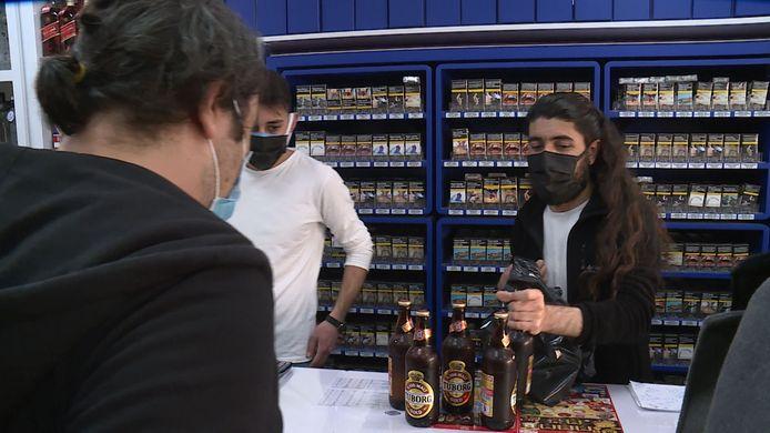Kenan Dilmen verkocht voor het ingaan van de lockdown aan de lopende band bier, wijn en sterke drank.