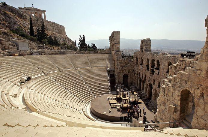De Odeon van Herodes Atticus, één van de Griekse amfitheaters waar de onderzoekers een munt lieten vallen.
