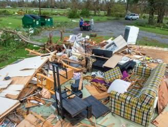 Afgezwakt maar nog niet uitgeraasd: beelden tonen vreselijke ravage door orkaan Ida