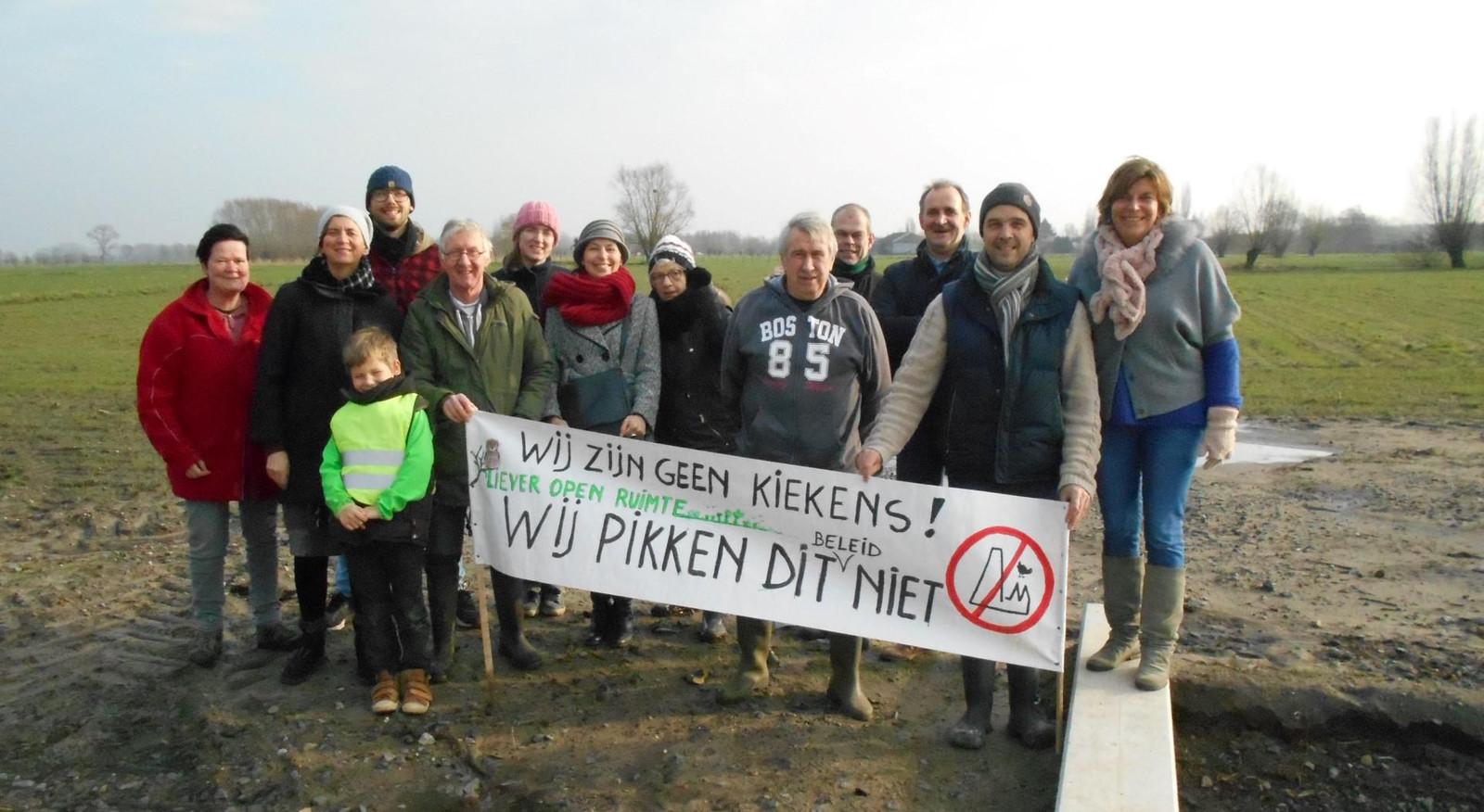 Het actiecomité Liever Open Ruimte tijdens één van de vorige protestacties.