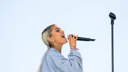 Ariana Grande brengt nieuwe single live tijdens verrassingsoptreden op Coachella