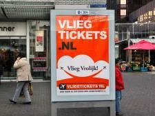 Alcohol, olie en goedkope vliegtickets: 'Den Haag moet foute reclames verbieden'