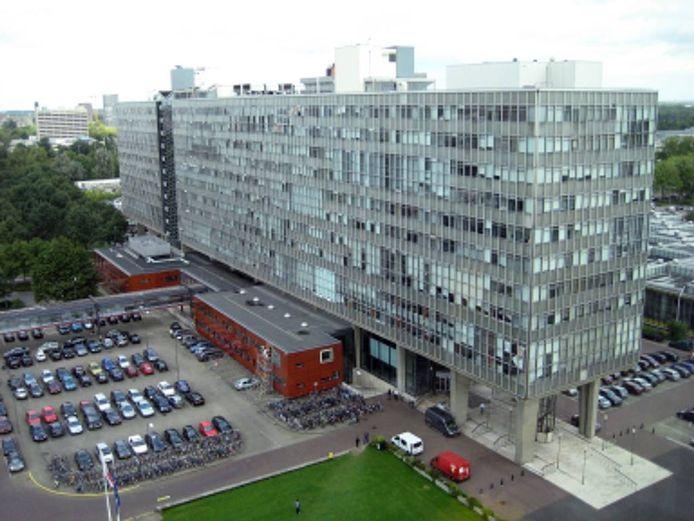e Technische Universiteit Eindhoven.
