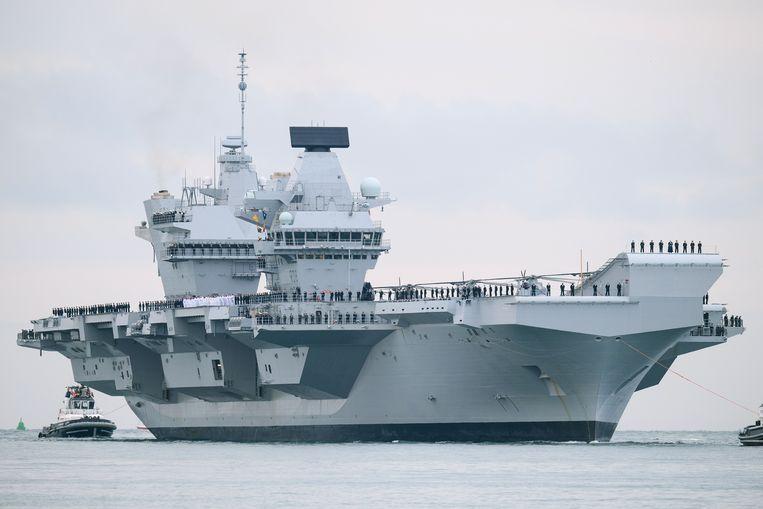 Archiefbeeld. F-35B gevechtsvliegtuigen, die verticaal kunnen opstijgen en landen, en helikopters voor het jagen op onderzeeërs van vliegdekschip HMS Queen Elizabeth staan klaar om de twee schepen in de Zwarte Zee te ondersteunen als er een dreiging is van Russische troepen. Beeld Getty Images