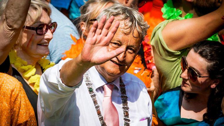 Burgemeester Van der Laan tijdens de Gay Pride in 2016 Beeld anp