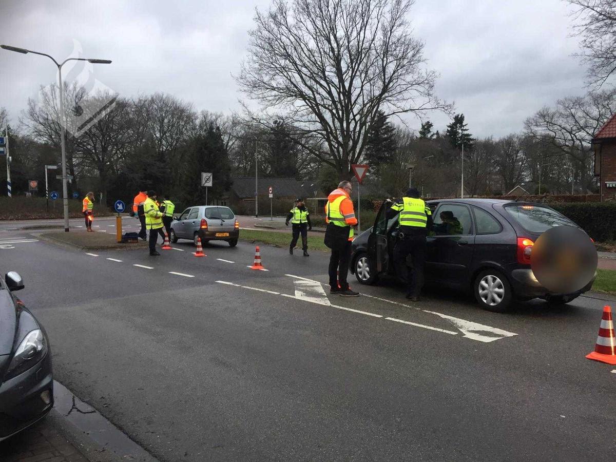 Bij controles in Steenwijk en omgeving hebben ruim tweehonderd mensen een blaastest ondergaan. Niemand had te diep in het glaasje gekeken.