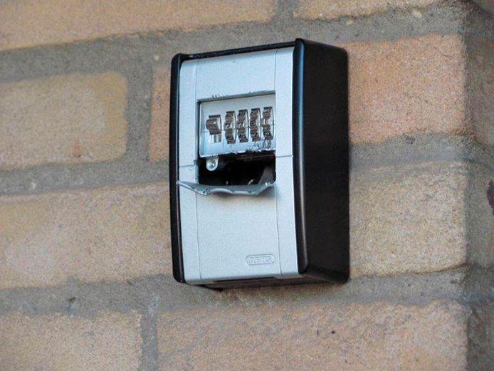 Een opengebroken sleutelkastje, foto ter illustratie.