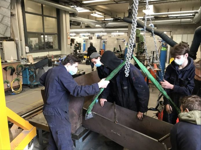 Leerlingen van PT²O maakten een gietgoot voor Metallo
