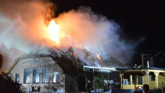 Brandweerman Jan over verwoestende brand in Kamperzeedijk: 'Alles aan gedaan, maar soms lukt het gewoon niet'