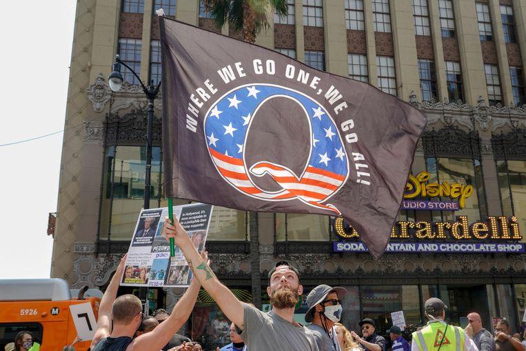 Demonstrerende QAnon-activisten in Los Angeles. Beeld AFP