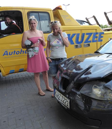 Toeristes Nadine en Stefanie hebben dubbel pech