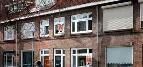 Gemeenteraad Utrecht zeer bezorgd over beleggers die massaal woningen opkopen: 'De wooncrisis wordt met de dag groter'