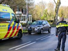 Auto weggesleept na ongeval in Twello
