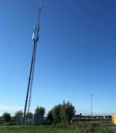 Elburg heeft nieuwe plek voor omstreden antennemast bij Vesting