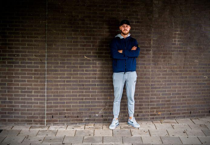 Rapper Cor groeide op in Rotterdam-Oost.