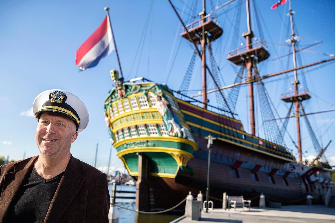 Gert Tetteroo, directeur van de stichting Henry Hudson 500, heeft een voorliefde voor verhalen uit de VOC-tijd.
