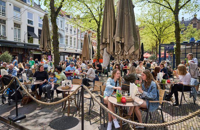 In de horeca en de toerismesector krijgt een kwart van de werknemers geen vakantiegeld.