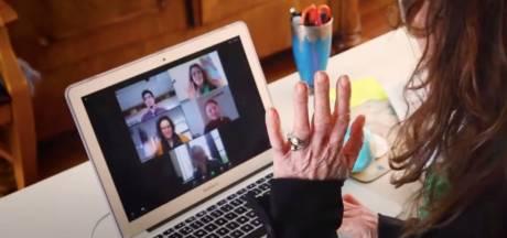 Escaperoom helpt 50-plussers met online solliciteren: 'Geen angst meer voor een laptop'
