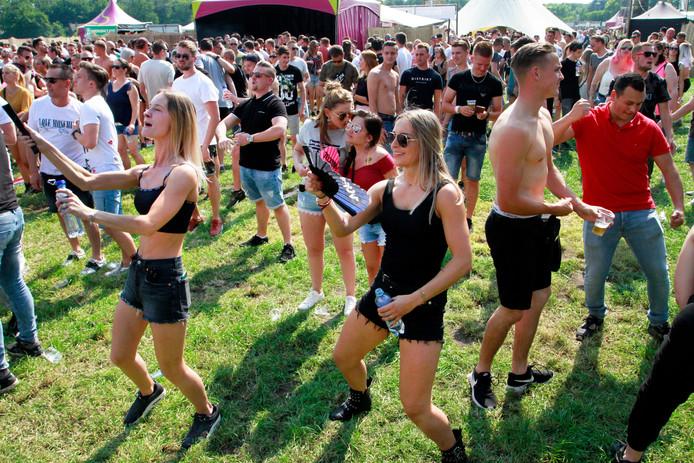 Airborne Festival vorig jaar op een terrein even buiten Bosschenhoofd.