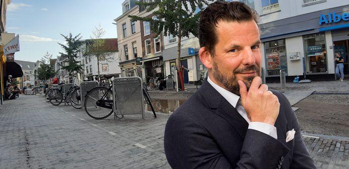 Nieuwe 'fietsnietjes' op de Voorstraat.
