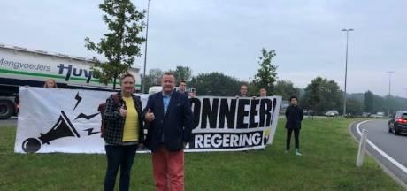 Vlaams Belang is regeringsvorming beu en vraagt om te claxonneren