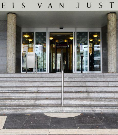 Werkstraf voor Arnhemmer die zijn ex stalkte en bedreigde: 'Als bom in mijn hoofd afgaat, loopt het verkeerd af'