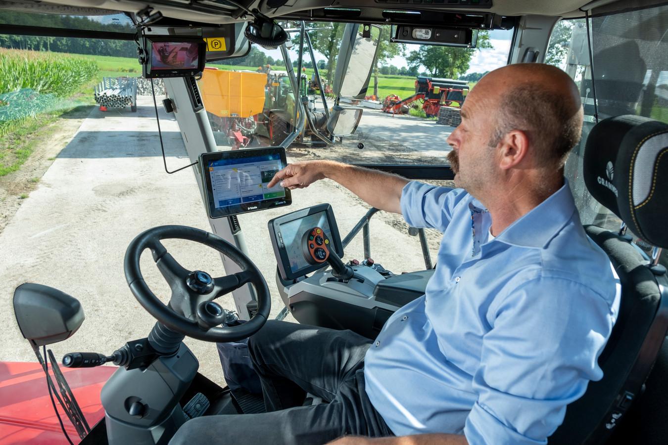 Oost-Europese bendes roven voor miljoenen aan gps-systemen op het platteland. Loonwerker Twan Gubbels uit Broekland heeft schrik voor een bezoek aan zijn bedrijf. Zonder kan hij namelijk niet meer.