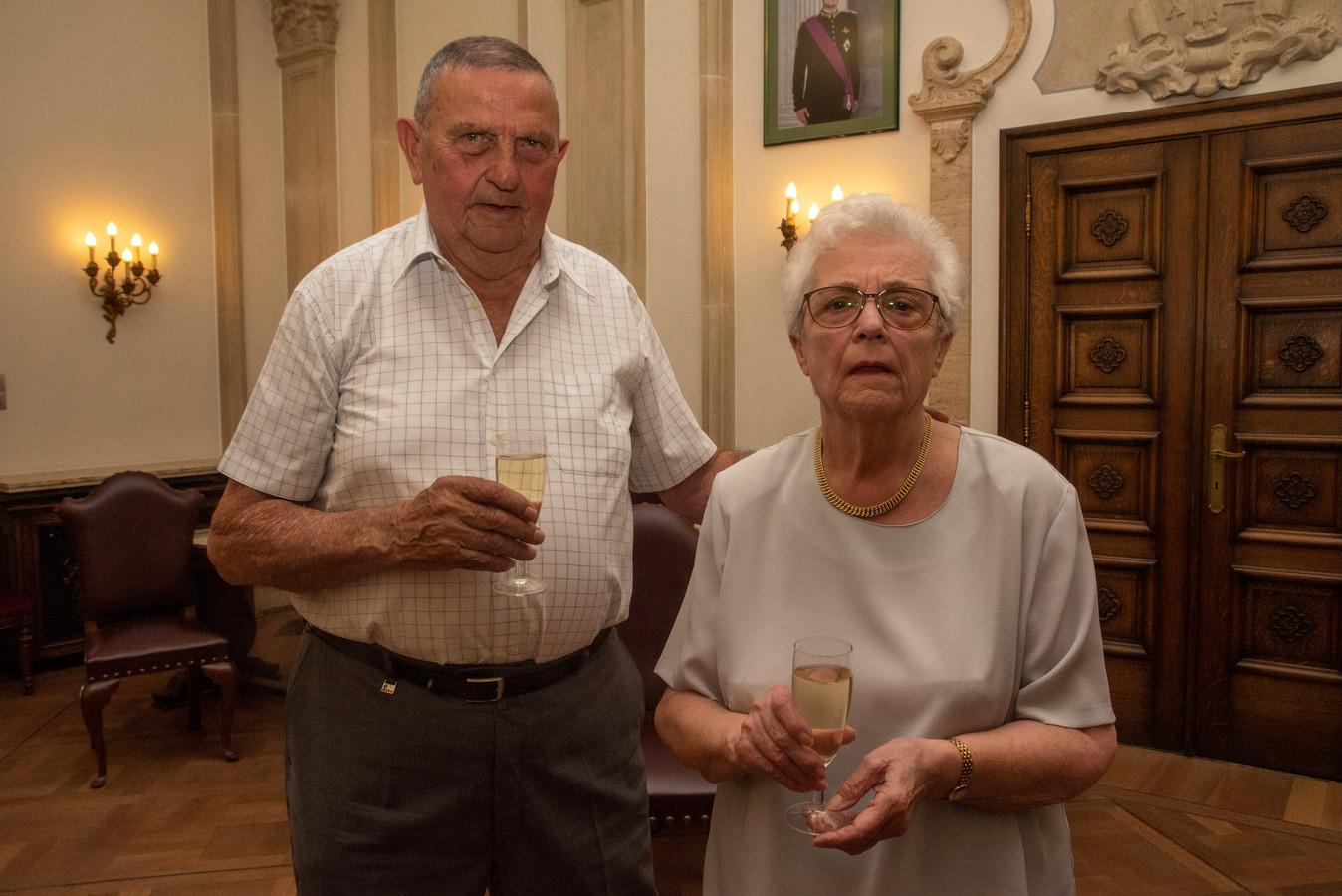 Emiel Kerckaert en Frida Donners vieren hun 60ste huwelijksverjaardag.