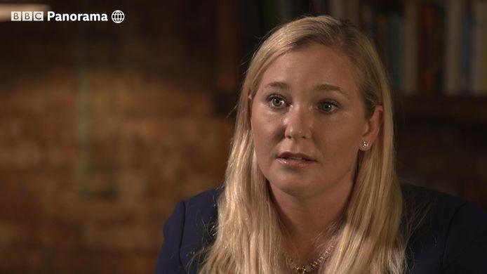 Virginia Roberts zegt verkracht te zijn door de Britse prins Andrew.