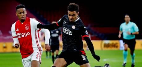 PSV na belabberde eerste helft onderuit tegen Ajax