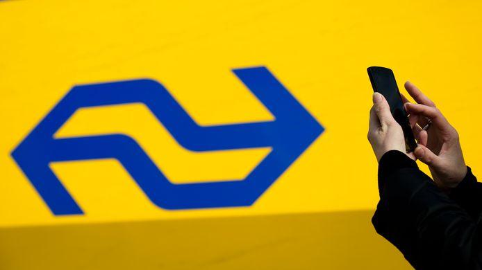 De NS start maandag met de proef met een Whatsapp/sms-alert op het traject Arnhem–Dordrecht.