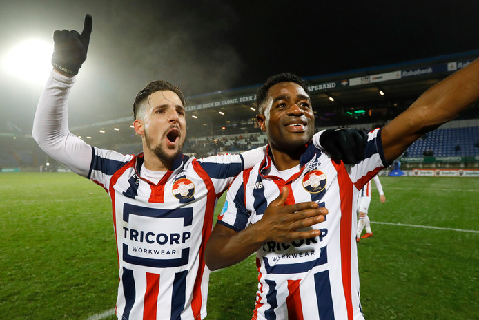 Bartholomew Ogbeche en Fran Sol van Willem II.