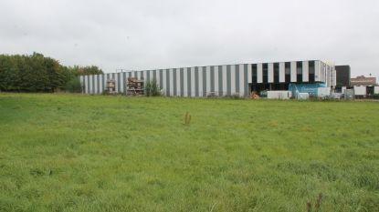 Binnenkort indoor voetbalcomplex in Groot-Bijgaarden? Buurtcomité tekent protest aan tegen plannen