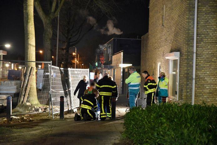 De brandweer hielp de man van wie het wiel afbrak.