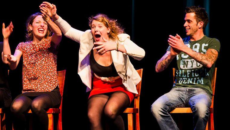 Kiki Schippers wint de publieksprijs tijdens de finale van het cabaretfestival Cameretten. Beeld anp