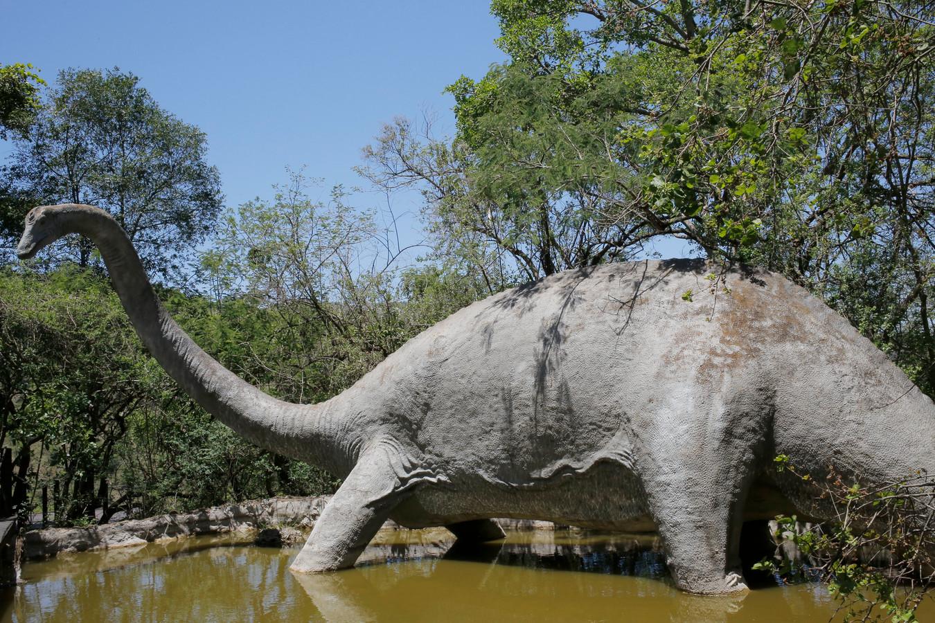 Een dinomodel in het Sudwala Caves Dinosaur park bij Machadodorp in Zuid-Afrika.