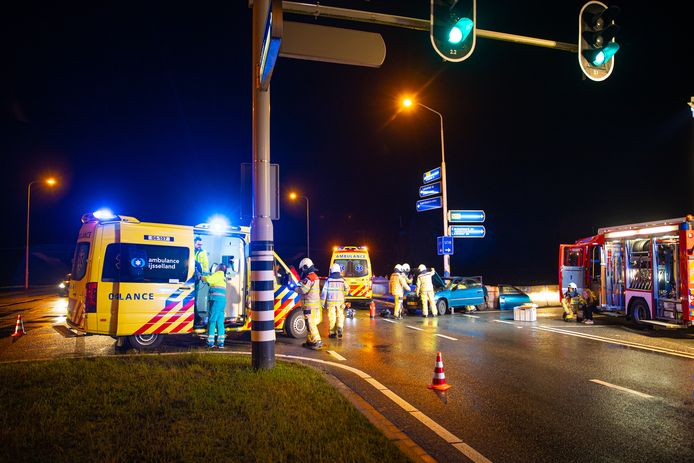 Vier personen raakten gewond bij de aanrijding op de N50