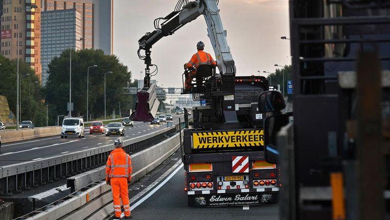 Deze zomer werd er volop aan de A10 gewerkt Beeld anp
