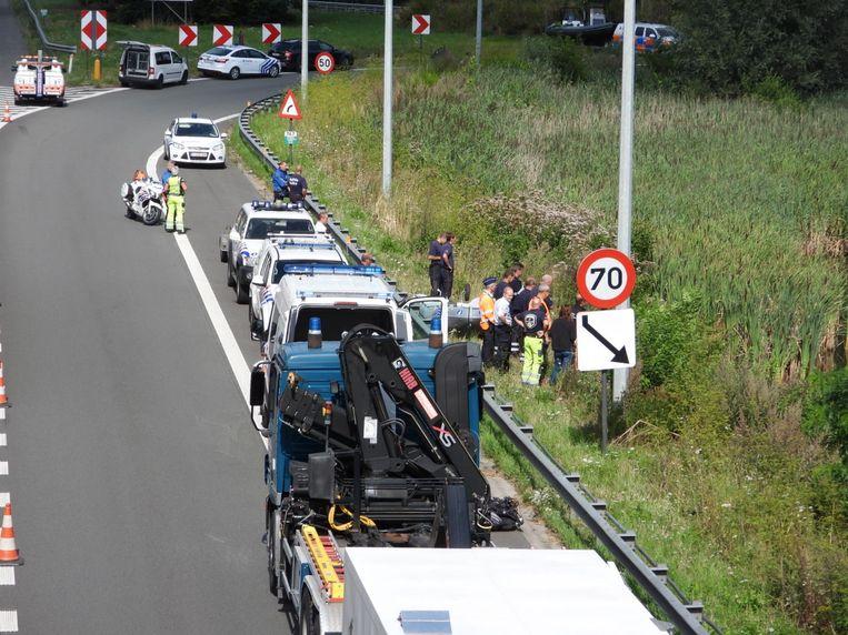 De op- en afrit van de E40 zijn tijdens de zoekactie afgesloten voor het verkeer.