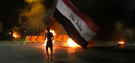 Protesten in Irak laaien op; demonstranten vallen Iraans consulaat aan