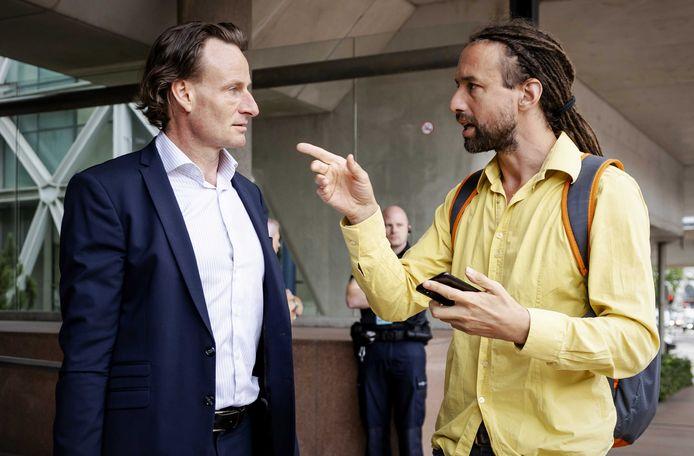 Viruswaanzin-voormannen Jeroen Pols (L) en Willem Engel (R)