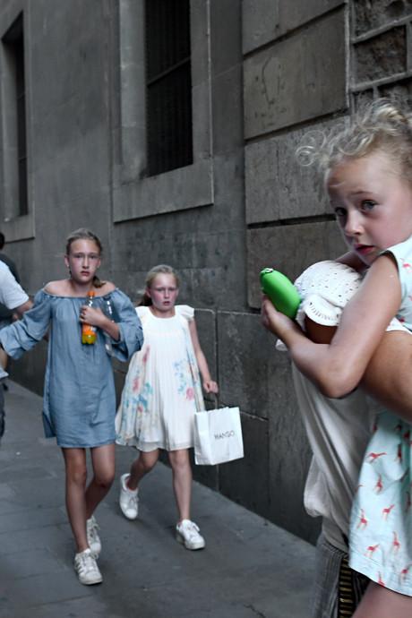 Belgisch gezin gaat wereld over na aanslag: Raar om in alle kranten te staan