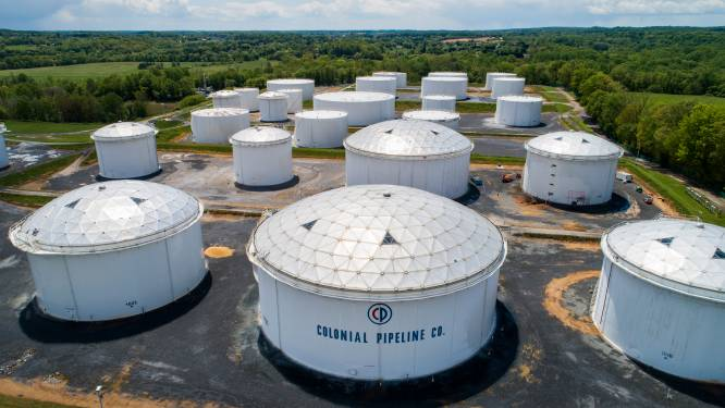 Olieprijzen stijgen na cyberaanval op pijpleiding van 9.000 kilometer