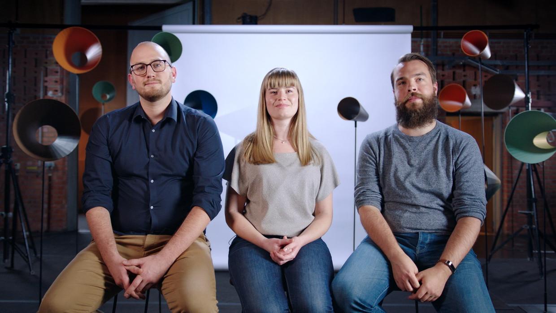 """Hans Maes (rechts) heeft al zes jaar een relatie met Len (midden). Zij is ook samen met Lucas (links). """"We denken na over kinderen."""""""
