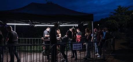 Disco-eigenaar woedend na coronasof: 'Er is bewust gespeeld met de gezondheid van bezoekers en personeel'