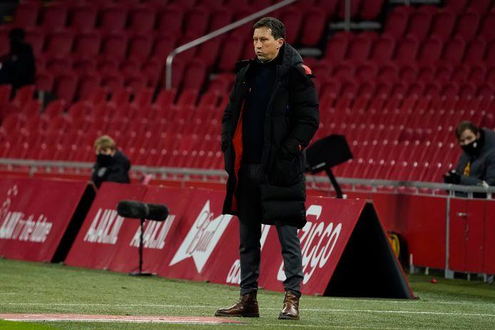 Roger Schmidt in de Johan Cruijff Arena. Woensdagavond verloor hij met PSV de bekerstrijd tegen Ajax.