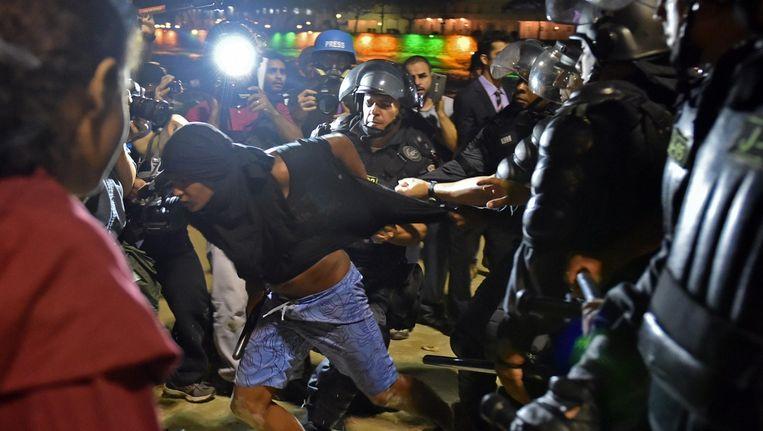 Oproerpolitie op Copacabana Beeld AFP
